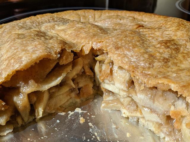 MonaSimpson_Apple-Pie